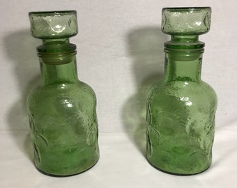 Old set of 2 Carafes + 5 glasses puffs bubble green Vintage kitchen