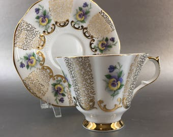 Queen Anne Pansy Floral Bone China Tea Cup Vintage England