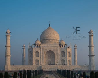 Taj Mahal at Sunrise | Agra, India ~ Indian Culture, Agra, monument, agrevana, delhi, architecture, sunrise, golden hour, gardens,