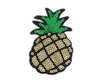 Fusible badge and sticker pineapple