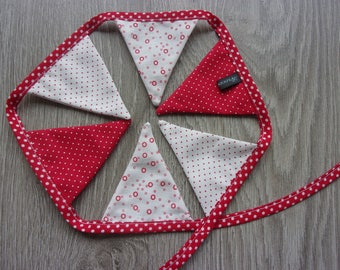 """New! Collection """"Mini"""" 6 """"Dots passion"""" Bunting for little girl's room, red and white"""
