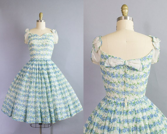 1950s Floral Dress/ Extra Small (33b/24w)