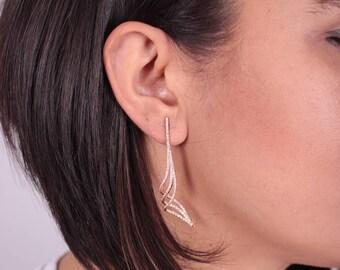 Dangle Earrings / Pair
