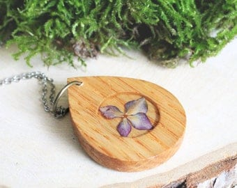 Wood resin Jewelry, Wood pendant necklace, Resin jewelry, Real pressed flower, Women wood pendant, Pink Necklace, Woodland Jewelry