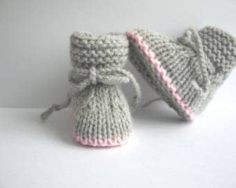 light gray and pink baby booties shoes 0/1 month baby girl hand knitted