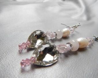 Light pink luxury earrings