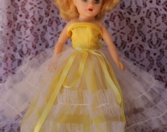 Vintage 1950's Ball gown in Canary yellow taffeta and Fab Netting for your little miss revlon , Coty Girl , Jill and Friends ! Wow Stunning