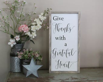 Give Thanks With A Grateful Heart Wood Sign, Be Thankful Distressed Wood Wall Art, Framed Wood Sign, Housewarming Gift, Gift for Her