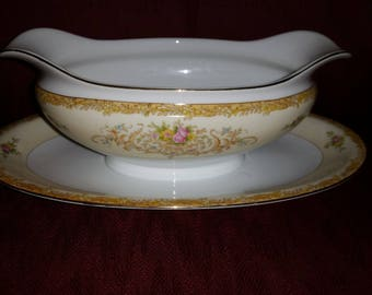 Rare Vintage N156 by Noritake, 1930's, Gravy Boat with Attached Plate