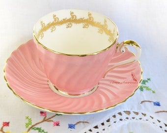 Pink Aynsley fluted tea cup and saucer, molded tea cup, vintage aynsley