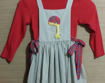 Adorable little girl 2 pc, jumper skirt and sweater, size 6