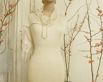 Superb vintage mannequin, shop display, lingerie mannequin, table top mannequin....CHARMANT!