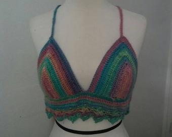 crochet rainbow croptop