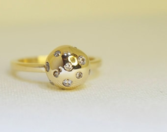 Solid Yellow Gold Cluster Ring