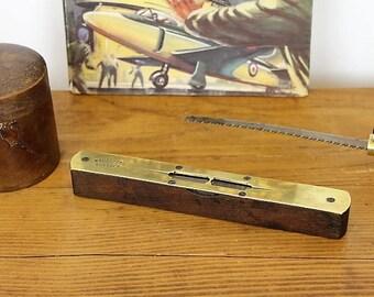 Vintage Spirit Level/Vintage Tool/Warranted Correct Spirit Level/ Unmarked Leveller(Ref1964B)