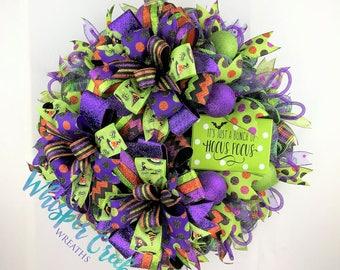 whimsical halloween deco mesh front door wreathesfun halloween