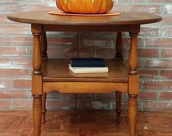 Elegant Farmhouse Style Furniture, Vintage Table, Cushman Colonial Lamp Table,  Parlor Table,