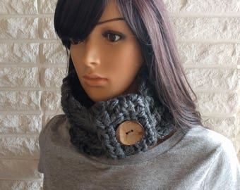 Women's chunky neck cowl, charcoal gray neck scarf, women's circle scarf, women's accessories, gifts for her, fall, winter, spring fashion