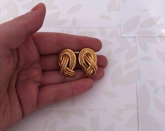 Monet - Monet Earrings - Monet Clip on Earrings - Monet Jewelry - Monet Jewellery - Clip Earrings - Gold Tone Earrings - Vintage Earrings