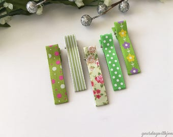 Hair Clips set of 5, Polka dot hair clips, Toddler Hair Clips, baby hair clips, Flower hair clips, Grosgrain ribbon clips, Alligator Clips
