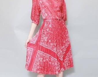 Vintage 1970's Pink And White Pleated Folk Midi Dress