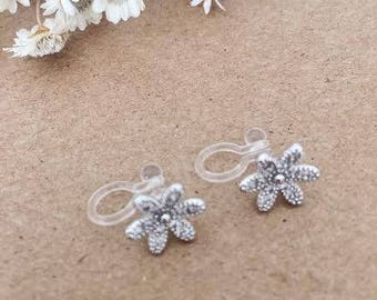 Invisible Clip on crystal flower earrings / Non pierced earrings / Comfortable clip on earrings / Gift / Birthday gift