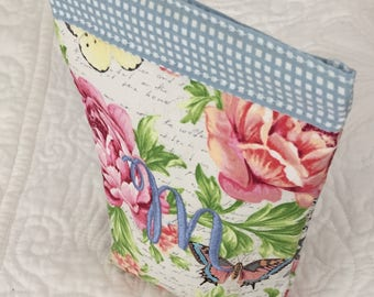 Personalized Butterfly, Rose, Paris, Blue Check Sunglasses Snappy Pouch