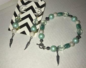 Earring and bracelet set