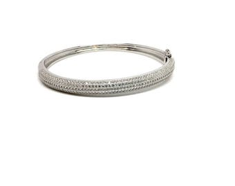 Stunning Women's Jewellery 925 Sterling Silver Cubic Zirconia band bangle. Luxurious gift box Included, 40th Birthday Gift for Women, Gifts