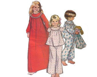 McCall's 3798, 70s sewing pattern, size 12 girl's nightgown, pajamas pattern, pajamas bag sewing pattern