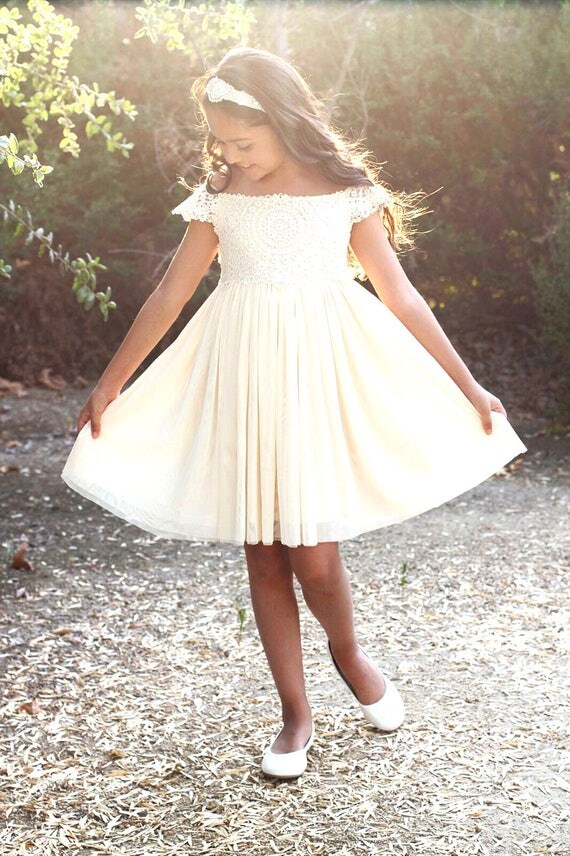 Mia Dress- Boho Flower Girl dress, Rustic girl dress, Country Flower Girl, Crochet Girls Dress, Crochet Baby Dress,Beach Bohemian Wedding