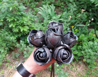 6 forged buds, forged roses, metal rose bouquet, metal flowers