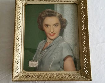 antique metalcraft picture frame gold filigree type w/ barbara stanwyck photo ( big valley tv show ) western hollywood movie stars portrait