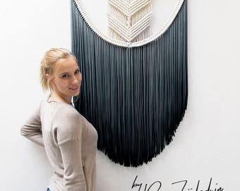 "Extra Large Macrame Wall Hanging ""FLOWY CHEVRON"" / Art / Tapestry / Macramé Wallhanging / Weaving / Knotted / Multiple Color Options"