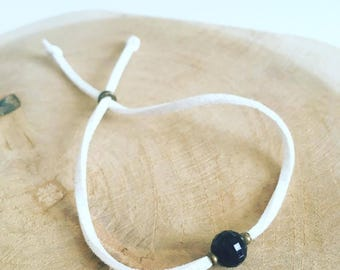 """Small Pearl faceted black"" cord bracelet"