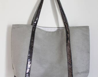 Large tote bag in light grey suede and gunmetal glitter band