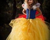 Robe de princesse, inspirée Blanche Neige