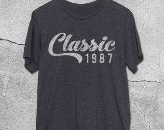 30th Birthday Gifts For Men & Women - Classic 1987 / 1988 tshirt - 30th Birthday Gift for Her Him -30th Birthday Shirt - T-Shirt Gift ideas