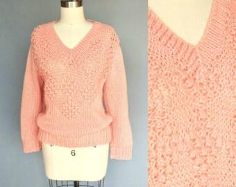 puffs / 1980s peach pink fuzzy v neck sweater / medium