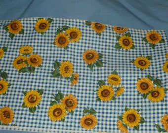 "Sunflower Large Hot Pad, 9"" x 13 "" hot pad, blue checkered hot pad, gifts for under twenty dollars, thick hot pad, sunflower hot pad"