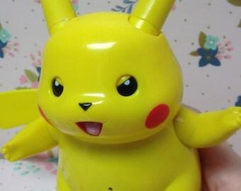 Retro Hasbro Ultra Electronic Battle Pikachu