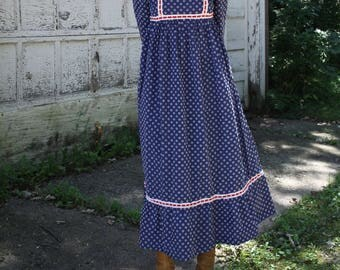 Vintage Prairie Dress 70's Boho Flower Child Maxi Long Sleeve Ruffle Dress Small