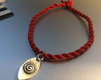 eye red string bracelet, protection bracelet with seeing eye charm, most popular selling, evil eye, lucky eye