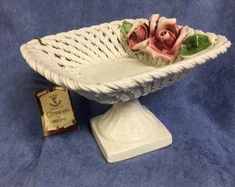 Capodimonte - Woven Basket w/ Roses