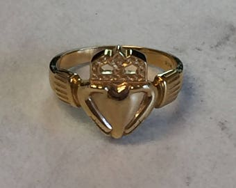 14kt Yellow Gold Lady's Claddagh Ring