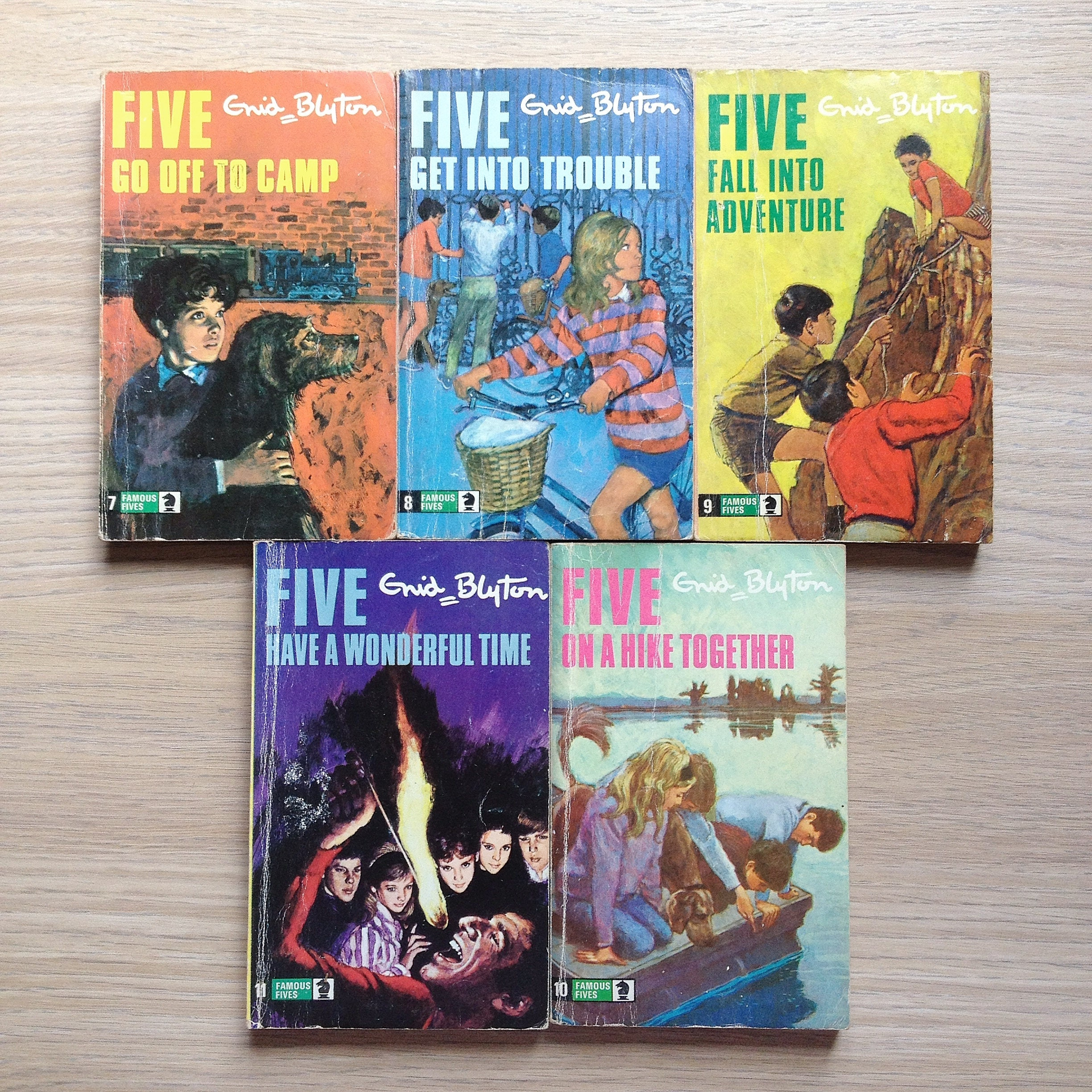 old vintage enid blyton the famous five books 7 11 1970s