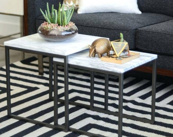 Design elegant  Coffee  End Table, Occasional Table in Black, Side Table in Metall & Marble, Coffee Table Square, White Marble black legs