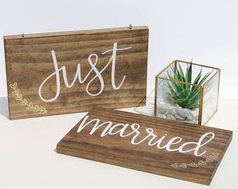 Just Married Chair Sign | Wedding Chair Signs | Bride and Groom Table Signs | Mr and Mrs Wedding Signs | Sweetheart Table Sign | Chair Signs