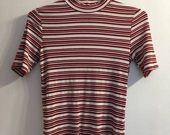 Vintage Style Red & White Striped Turtle Neck Ribbed Tee