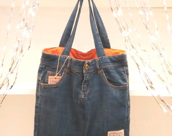 Upcycled jean bag - hand made denim bag - bolso vaquero hecho a mano con material reciclado - recycled material